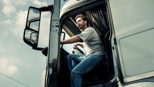 El Parlamento Europeo votará las nuevas normas de conducción y descanso para los conductores de autobuses, autocares y camiones