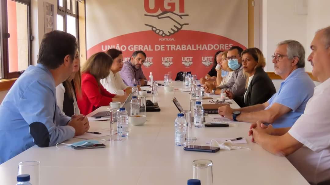 UGT se solidariza en defensa de los empleados bancarios portugueses del Banco Santander Totta (BST)